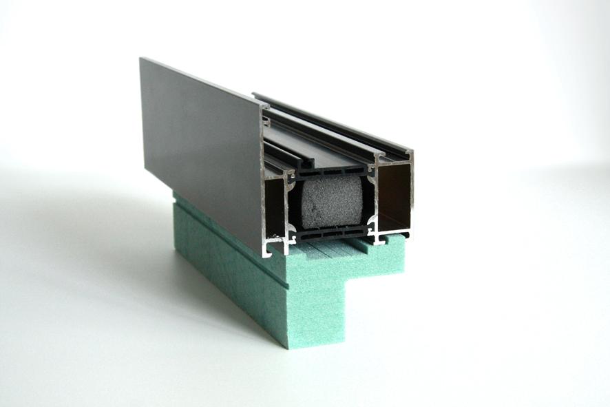 Fensterbankanschlussprofil aus Kerdyn Green FR PET Platte grün
