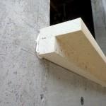 Vorwandmontagewinkel 140 mm verklebt auf Beton-Untergrund